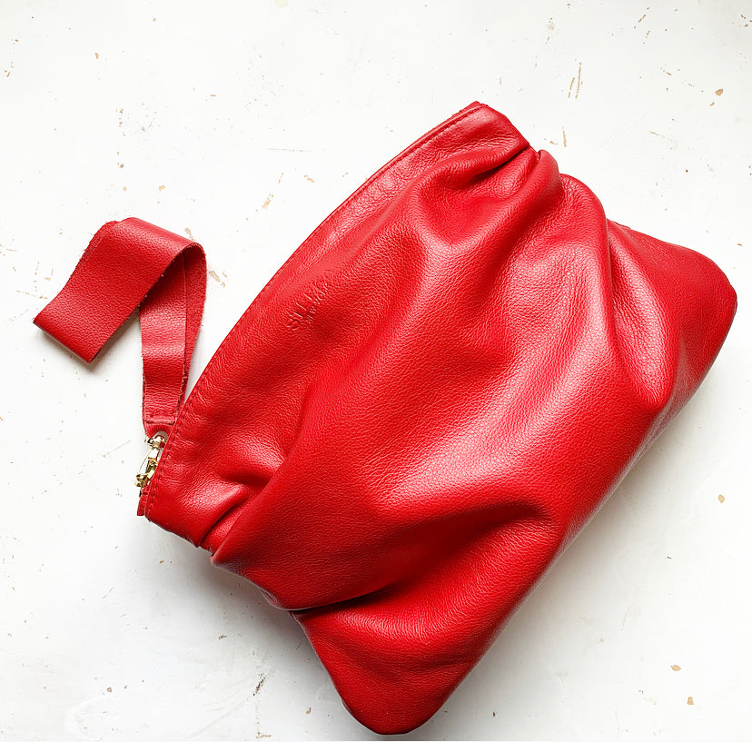 Puff Clutch in Red
