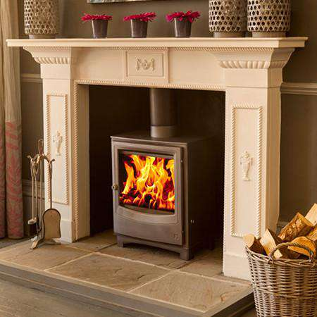 Aarrow Farringdon Medium DEFRA Wood Burning Stove - live fire view