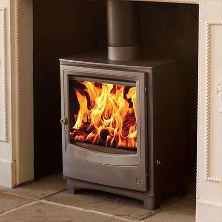 Aarrow Farringdon Medium DEFRA Wood Burning Stove - live fire zoomed
