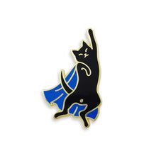 Super Caturday - DORRARIUM Lapel pin vintage surplus