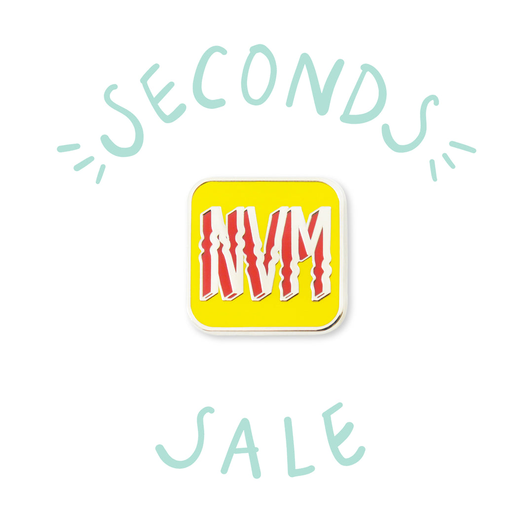 SECONDS SALE | NVM - DORRARIUM Lapel pin vintage surplus