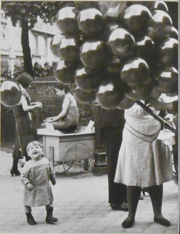 Balloon seller, Parc Montsouris