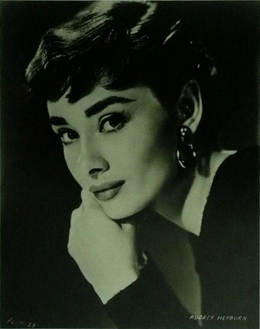 Audrey Hepburn Head shot