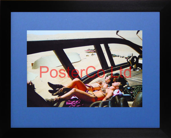"Star Wars - Return of the Jedia - Princess Leia sunbathing - Behind the Scenes - Framed photo 12""H x 16""W"