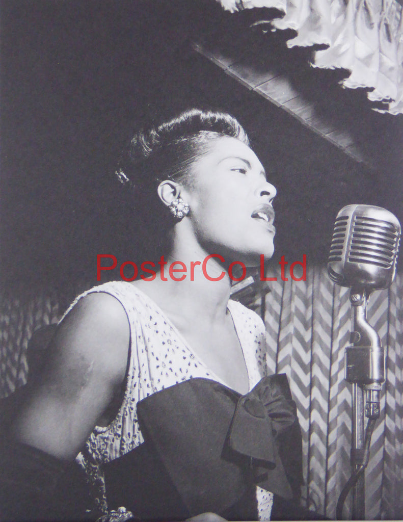 Billie Holliday - Singing at the Downbeat Club, New York