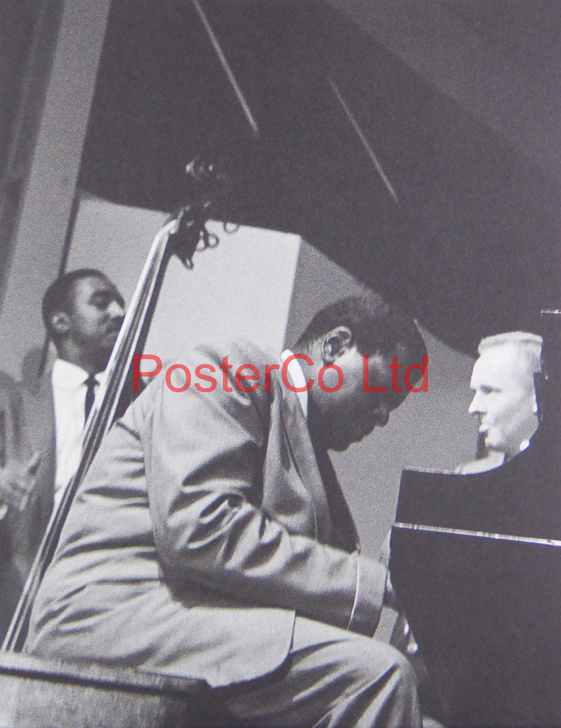 Oscar Peterson - Playing at the New Port Jazz Festival