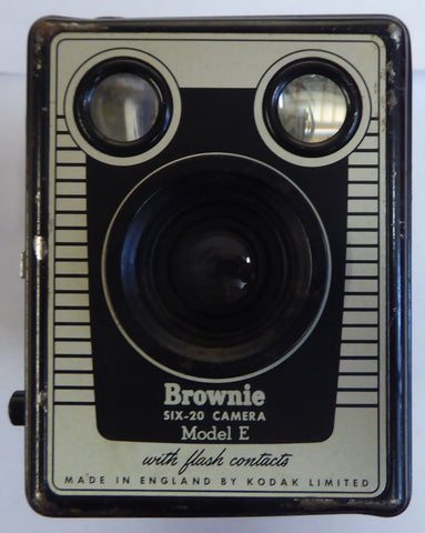 Kodak Eastman: Six 20 Brownie Model E