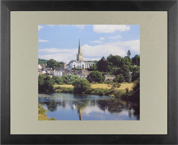 Ross on Wye, Hereford& Worcestershire (River Scene) F21