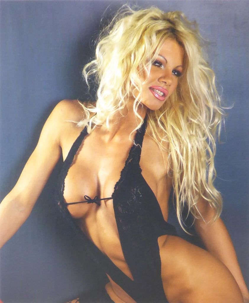 Pamela Anderson (We think) (Glamour Shot)