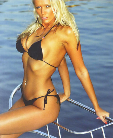 Athletic blonde in black bikini (Glamour Shot)