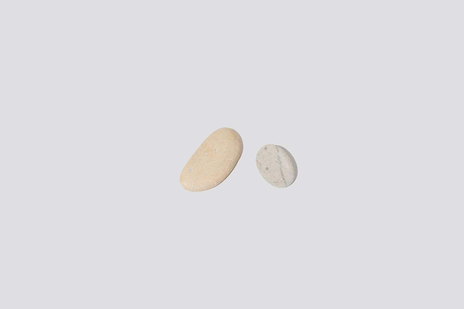 Light Pebble Earring - MAIMOUN