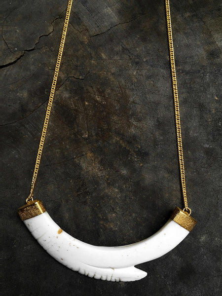 Ancient Yua Shell & 22K Gold Pendant Necklace