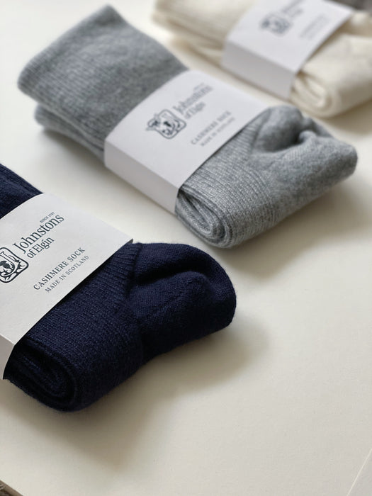 Women's Cashmere Socks in Grey