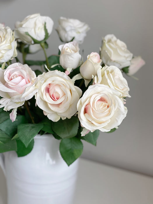 The Cream Rose Bunch
