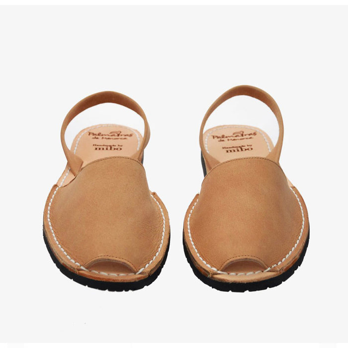 Palmaira Leather Sandal In Sandy Tan