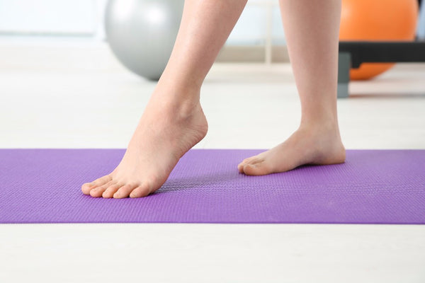 stretches and flat feet