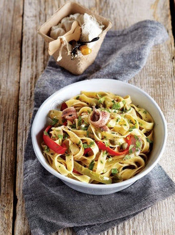 Greek Hilopites / Tagliatelle with caramelised red Peppers, Capers and Anchovies