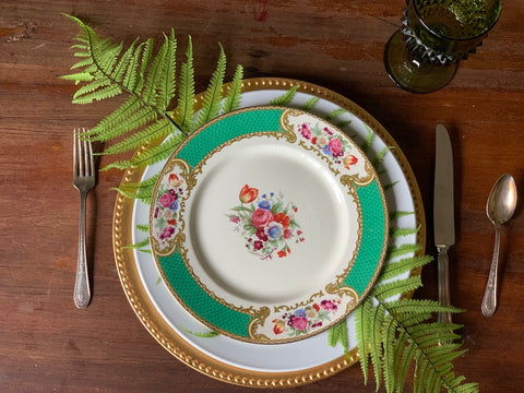 The Bouquet Vintage Plate Set