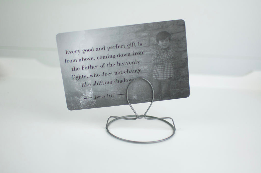 Wire Card Stand