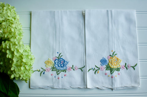 Spring Embroidered Vintage Hand Towel Pair
