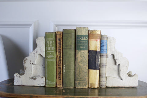 Corbel Bookend