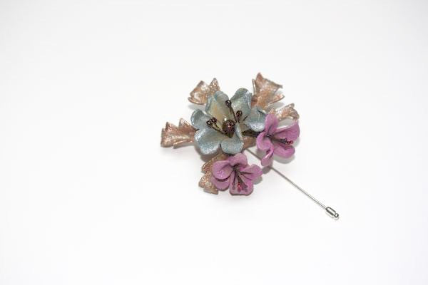 Tawny Pin in Blue and Pink