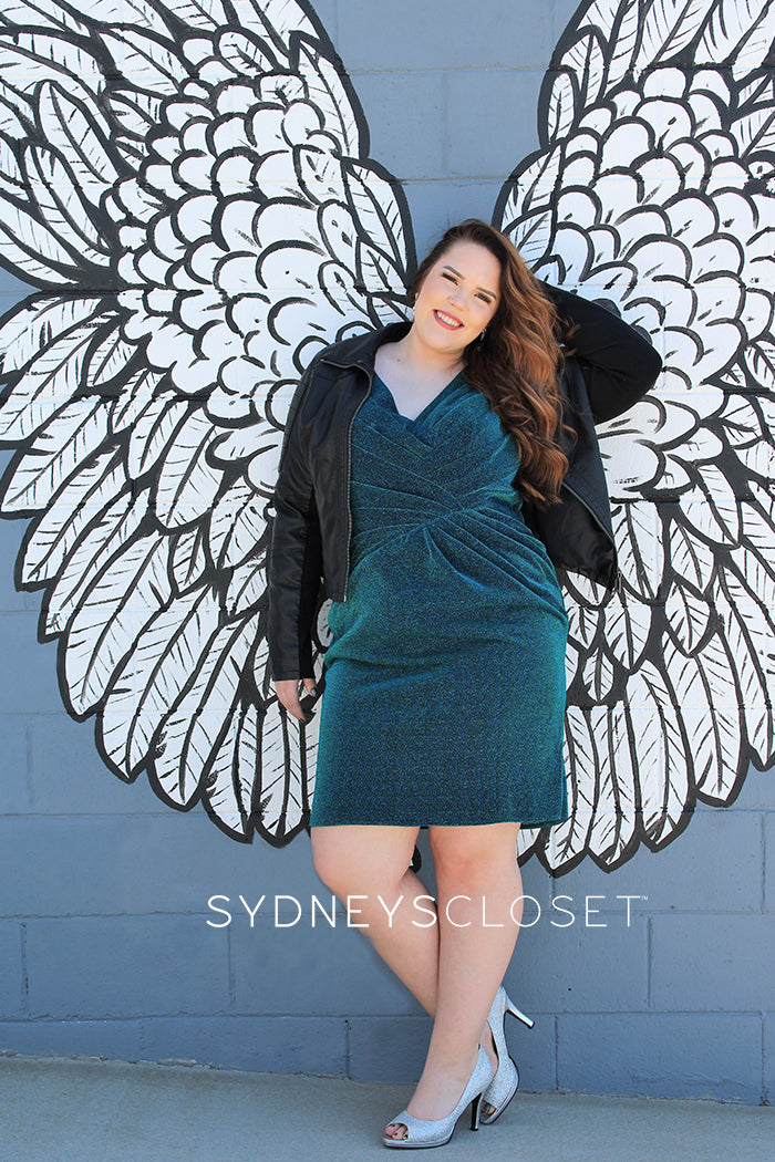 SC8093 plus size fitted cocktail party dress in emerald green by Sydney's Closet