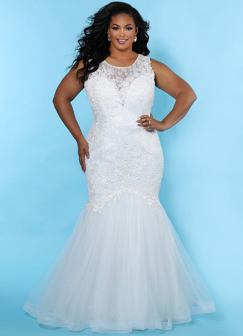 SC5231 fitted mermaid plus size wedding dress by Sydney's Closet