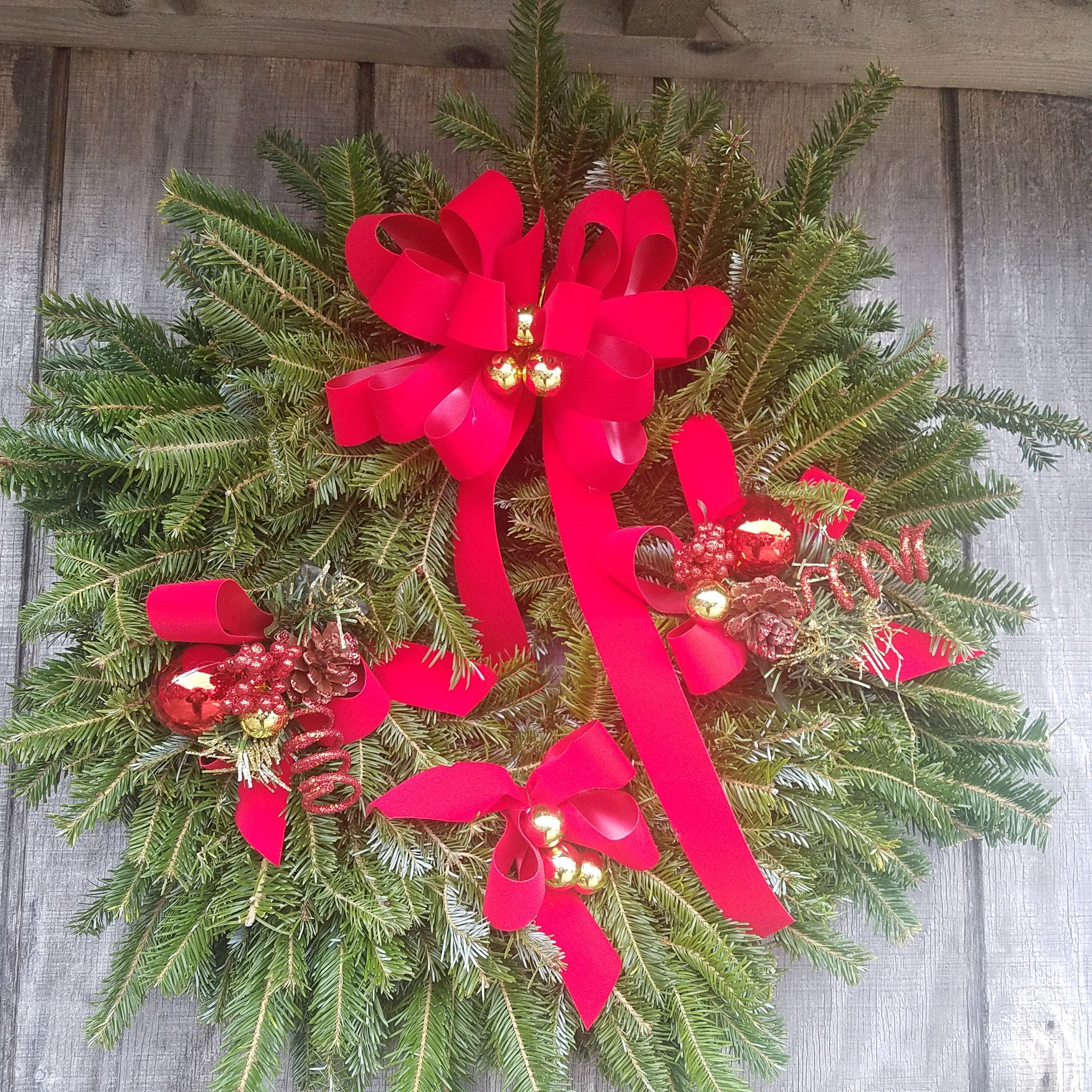 Live Wreath Care for Home and Cemetary