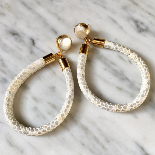 Hoop Earrings | Python + Pearl - burnmark