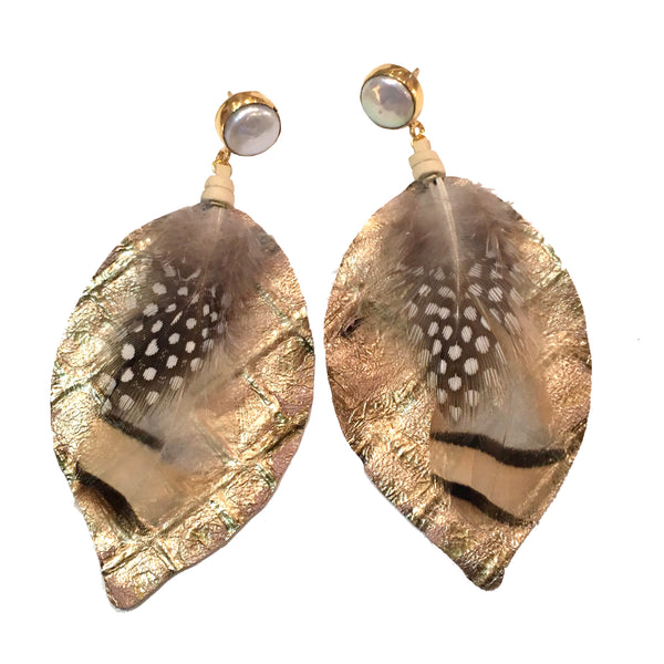 Mixed Feather Earrings | Metallic Gold + Pearl - burnmark