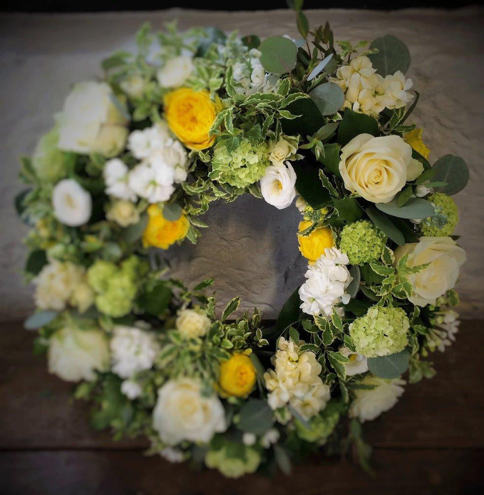 Larger Yellow Wreath