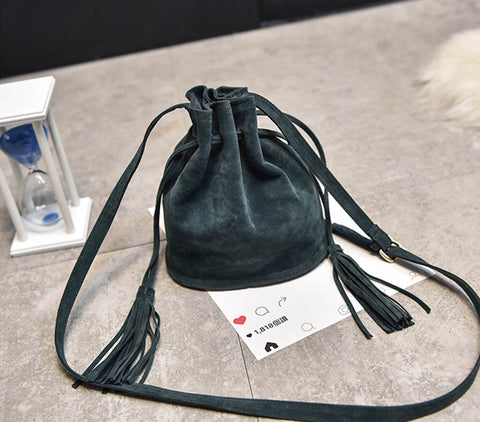 FASHIONABLE TASSEL CROSS BODY BAG