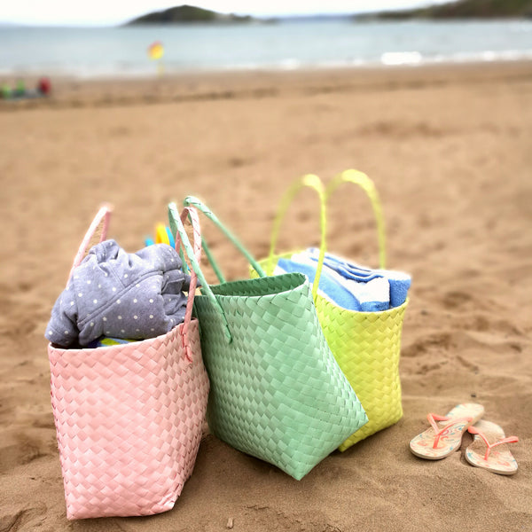 Shopping Bag / Beach Bag in a Weave Design in 4 colours