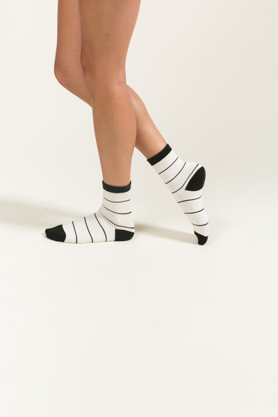 Kelly Striped Socks - White & Black