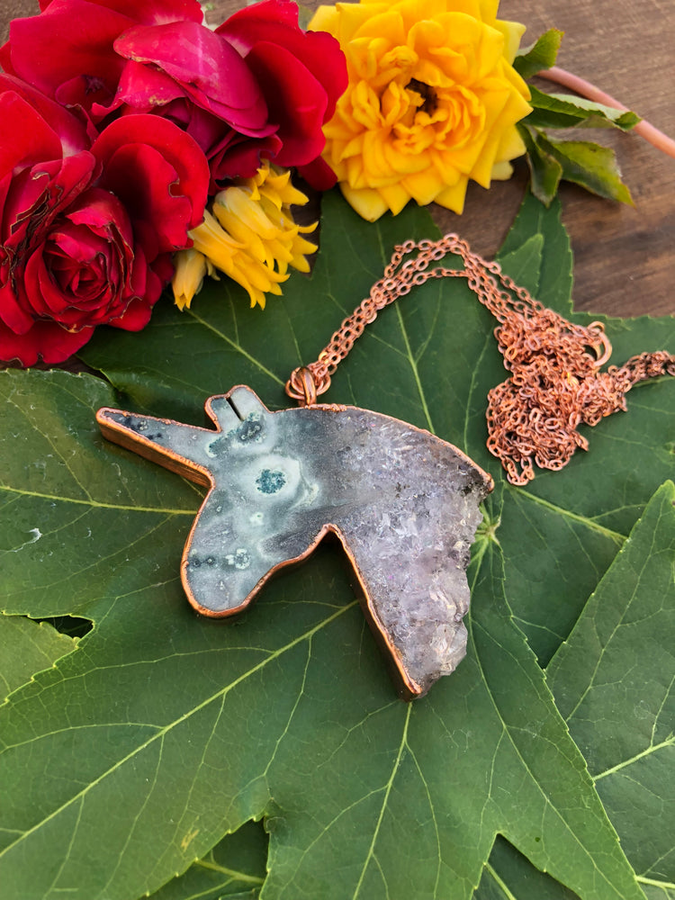 Load image into Gallery viewer, Stalactite Unicorn Slice Necklace