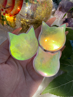 Load image into Gallery viewer, Angel Aura Quartz Kitty Head (1)