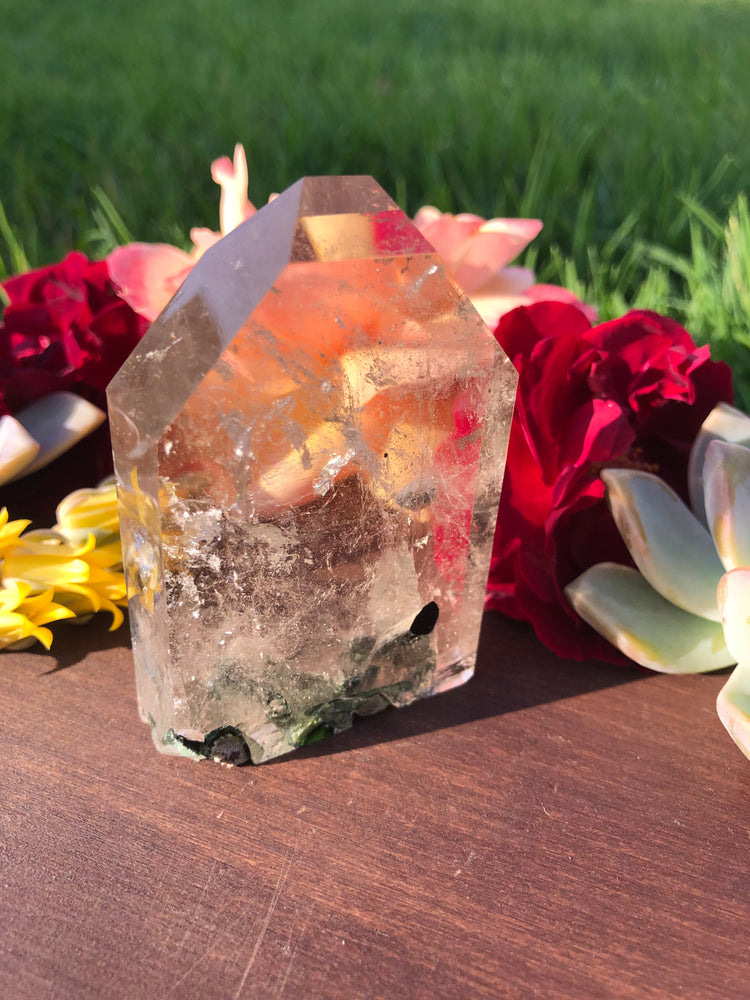 Load image into Gallery viewer, Quartz with Tourmaline
