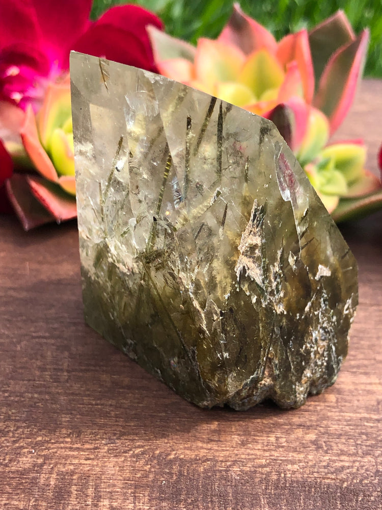 Load image into Gallery viewer, Quartz with Green Epidote