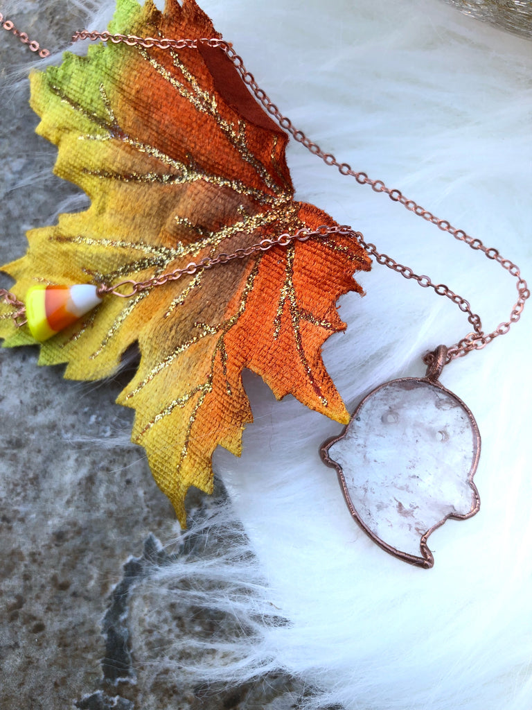 Little Quartz Boo Necklace