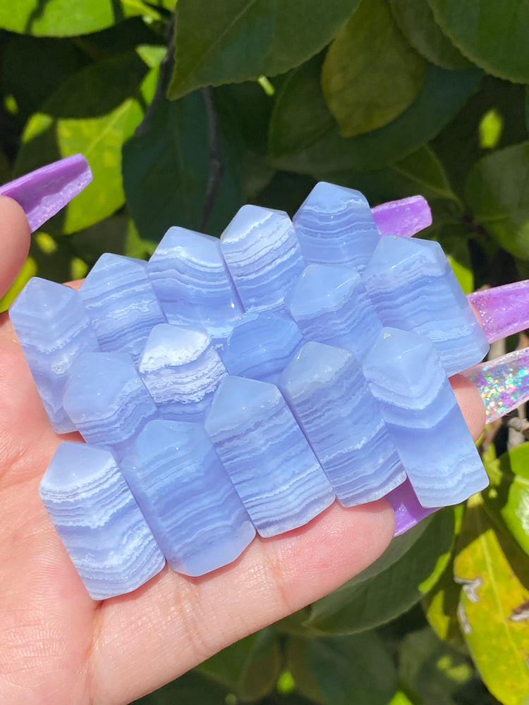 Mini Blue Lace Agate Point (1)