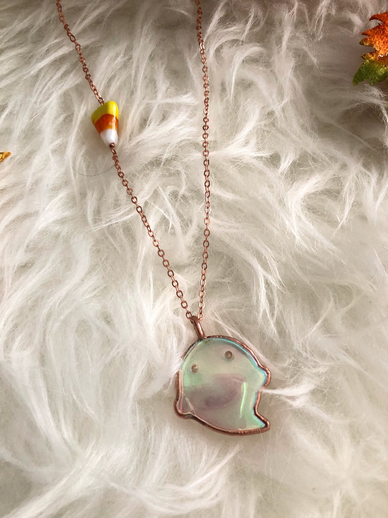 Angel Aura Little Quartz Boo Necklace