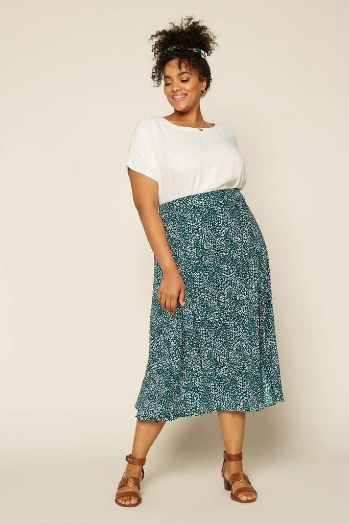 Plus Size - Floral Slit Midi Skirt