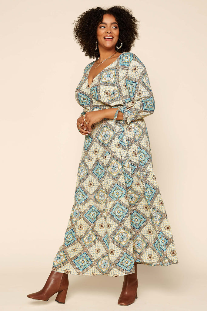 Plus Size - Bermuda Maxi Dress
