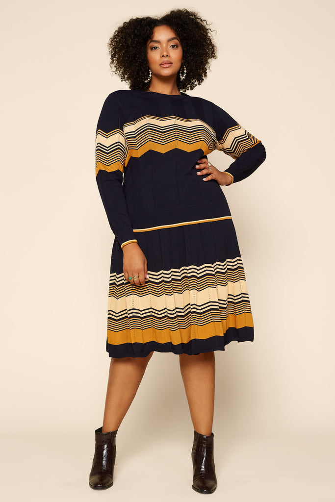 Plus Size - Chevron Pattern Knit Pullover