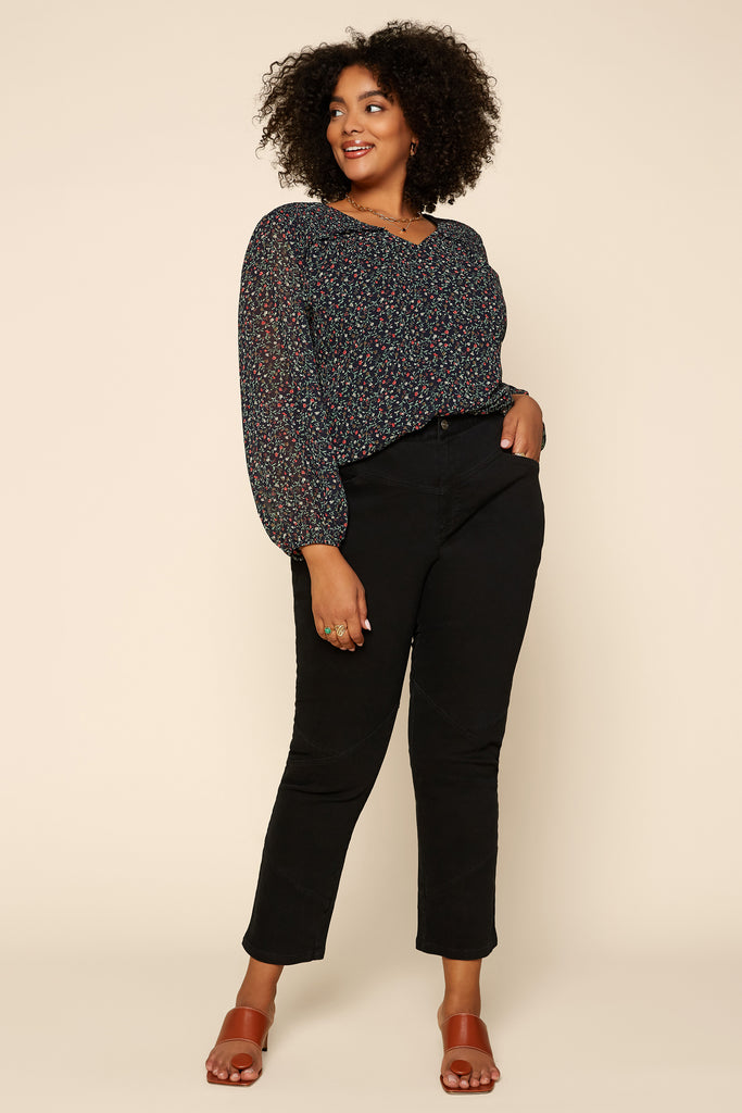 Plus Size - Ditsy Floral Smocked Top