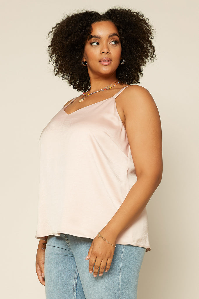 PLUS SIZE - BACK STRING DETAIL CAMI