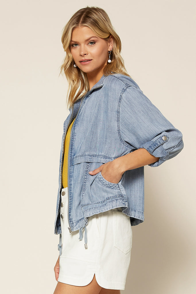 WASHED CHAMBRAY JACKET