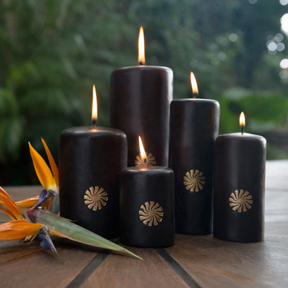 Embossed Signature Candle - Black