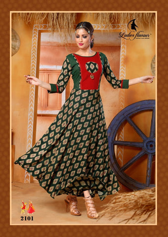 Pehnava long kurta gown - Green